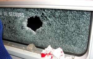 رشق سيارة المندوبية السامية للتخطيط بالحجارة خلال عملية الإحصاء بنواحي الصويرة