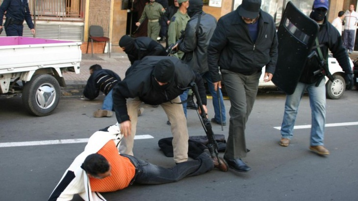 اعتقال 9 أشخاص ضمن شبكة تنشط في تجنيد جهاديين مغاربة للقتال في صفوف