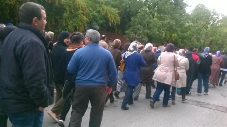 عاجل: مسيرة احتجاجية لموظفي النقابة الوطنية للصحة العمومية في اتجاه مندوبية وزارة الوردي + صور