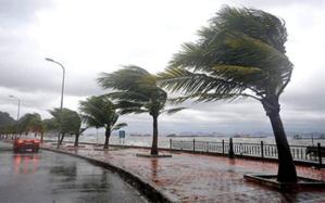 الأرصاد الجوية تنذر المغاربة... أمطار عاصفية قوية غدا الأحد بهذه المناطق