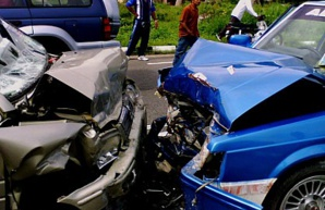 مصرع خمسة اشخاص من أسرة واحدة في حادثة سير خطيرة بين ابن جرير وسطات