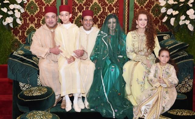 بالفيديو: عرس الأمير مولاي رشيد.. ليلة الحناء والعمارية + صور
