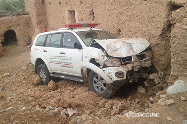 حادثة سير تفضح استغلال سيارة إسعاف تابعة لجماعة قروية في النقل السري