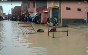 السيول تجتاح جماعة سيد الزوين نواحي مراكش والدراسة تتوقف بعدد من المؤسسات التعليمية + صور