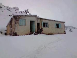 تعليق الدراسة بـ83 ابتدائية و12 ثانوية وإعدادية بتراب اقليم الحوز بسبب سوء الأحوال الجوية