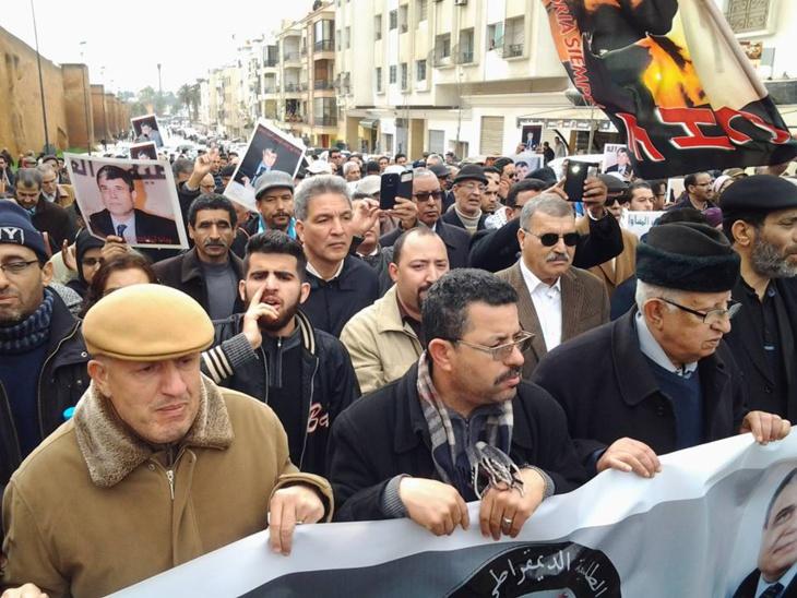 تشييع جثمان القيادي اليساري الراحل أحمد بنجلون بالرباط + فيديو وصور