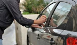 حاول سرقة سيارة من نوع مرسديس بساحة الانطاكي فألقي عليه القبض …؟