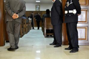 احالة موظف بمحكمة الإستئناف وضابط شرطة وجمركية على الوكيل العام للملك بمراكش