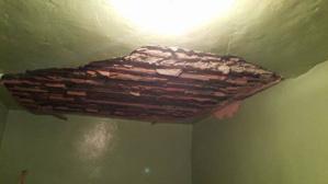 خطير: سقف مطعم يهوي على رؤوس سياح بالمدينة العتيقة بمراكش