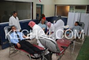 حملة تحسيسية للسلامة الطرقية والتبرع بالدم بالمحطة الطرقية للمسافرين بمراكش