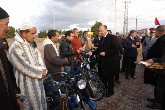 عامل إقليم الحوز يشرف على أنشطة تحسيسية بمناسبة اليوم الوطني للسلامة الطرقية