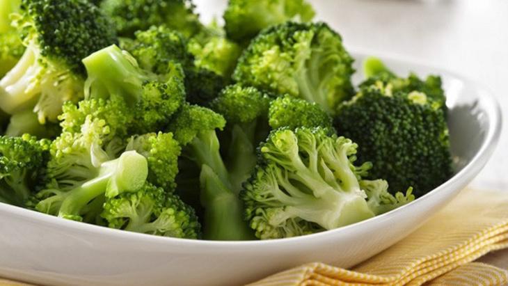10 أطعمة تساعد على فقدان الوزن دون الشعور بالجوع