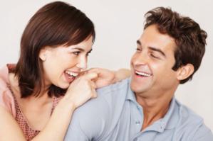 للنساء فقط...12 طريقة تجذبين بها الرجل إليك في 12 دقيقة..!