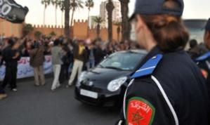 شرطية مغربية تحمل سفاحا من رئيسها في العمل برتبة