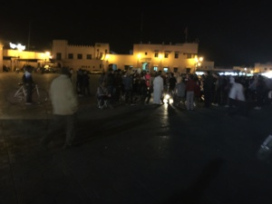عاجل : عصابة (مقرقبين) تروِّع تجار حي القنارية بالقرب من الساحة بمراكش + صورة حصرية