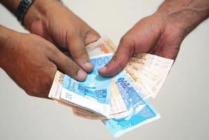 دراسة : نصف المغاربة دفعوا رشاوى خلال السنة الماضية