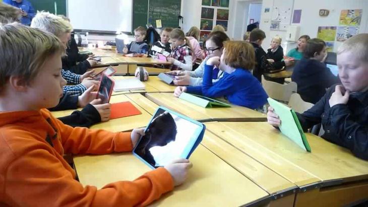 مناهج فنلندا الدراسية تتخلى عن الرياضيات والكيمياء والفيزياء