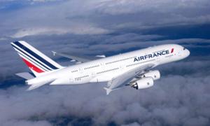اضراب المراقبين الجويين يتسبب في الغاء 40% من الرحلات اليوم الأربعاء في فرنسا
