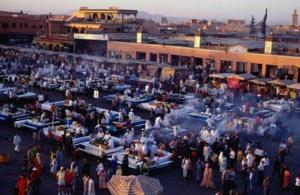 عاجل : اندلاع النيران باحدى الحنطات يثير الرعب وسط رواد ساحة جامع لفنا بمراكش