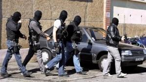 عناصر المكتب المركزي للأبحاث القضائية تعتقل إيطاليا يتزعم شبكة دولة للمخدرات مبحوث عنه من طرف