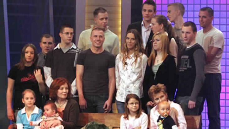 أم ألمانية كثيرة الأولاد تصبح حاملا بأربعة أجنة وهي في الـ 65 من عمرها