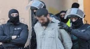 اعتقال مغربي وزوجته في تركيا كانوا في طريقهم للانضمام لداعش