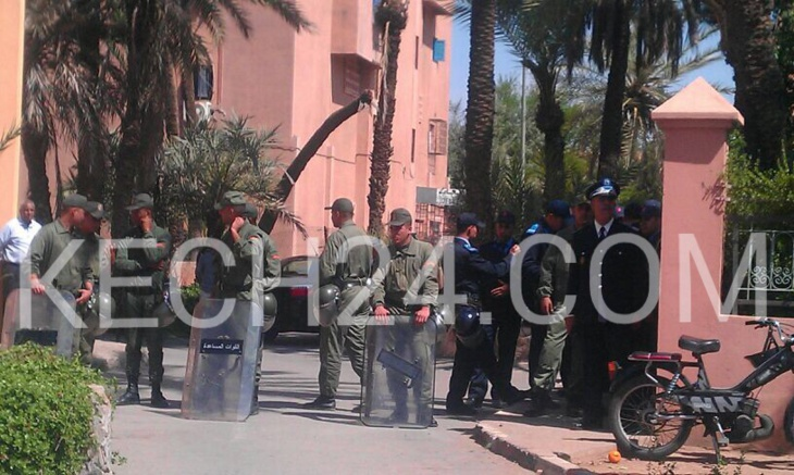 عاجل: العشرات من الممرضين والطلبة يحتجون أمام المديرية الجهوية للصحة بمراكش وسط حصار أمني
