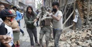 هكذا نجت متسلقة مغربية من الموت في زلزال النيبال الذي خلف زهاء 5 الآف قتيل