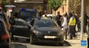 اسبانيا تعتقل مغربيين بتهمة تجنيد شباب للإنضمام إلى صفوف مقاتلي تنظيم