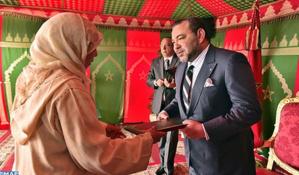 الملك محمد السادس يُطلق عملية إعادة إيواء 2678 أسرة من قاطني دور الصفيح