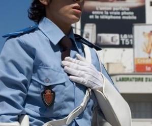 الإرهاق يتسبب في انهيار ضابطة شرطة بمطار مراكش المنارة