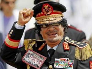 حينما طلب القذافي من الجزائر السماح لطائراته باستعمال مجالها الجوي لقلب نظام الحسن الثاني