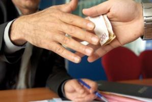هذه خطة حكومة بنكيران لمحاربة الرشوة داخل الادارة المغربية