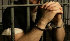 سجين يفجر فضيحة مدوية بسجن مول البركي بأسفي..قال انه دفع مبلغ 10 آلاف لمنع ترحيله والإحتفاظ بهاتفه