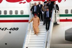 بعد عودته الى أرض الوطن الملك محمد السادس يترأس حفل نهاية السنة الدراسية بالمدرسة المولوية