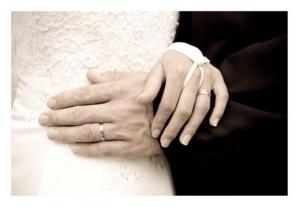 لهذه الأسباب الزواج يفيد الرجال أكثر من النساء