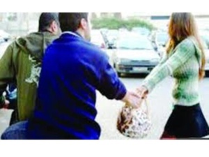 عاجل : عصابة سـ90 تعود من جديد والضحية سائحتين بالحي الشتوي بمراكش