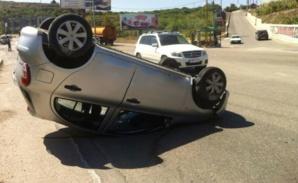 نقل شخص في حالة حرجة إلى مستعجلات ابن طفيل بمراكش بعد انقلاب سيارته بمدخل بلدية سيدي بوعثمان
