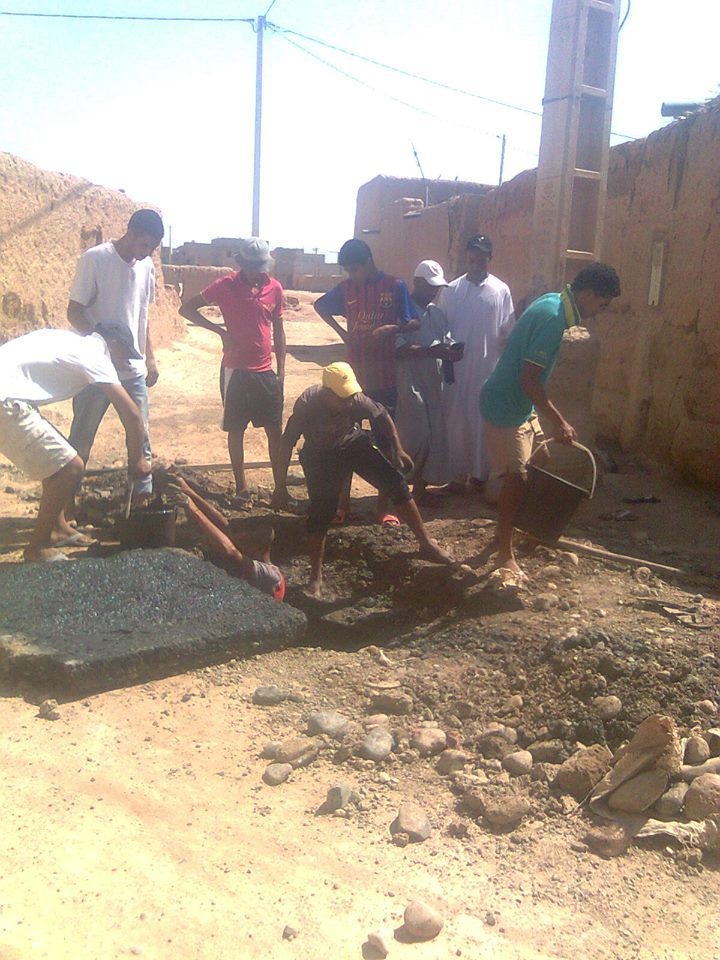 قادورات الصرف الصحي تُغرِق بيوتا بسيد الزوين نواحي مراكش في شهر رمضان