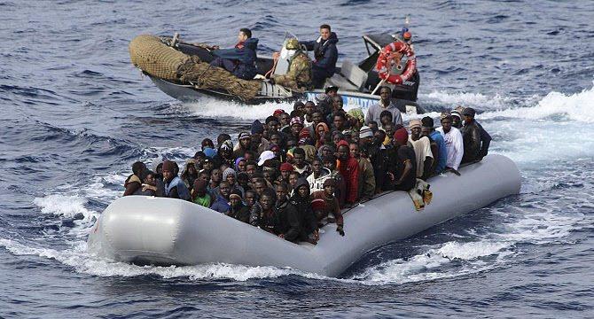 إنقاذ 31 مهاجرا غير شرعي بمياه مضيق جبل طارق