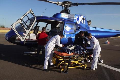 نقل سيدة ثلاثينية في حالة حرجة على متن مروحية طبية من العيون إلى المستشفى بمراكش