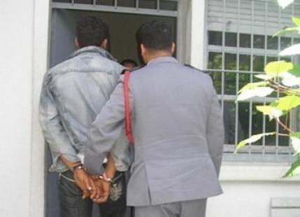 توقيف شاب متهم بسرقة أسرة مهاجرة بضواحي مراكش
