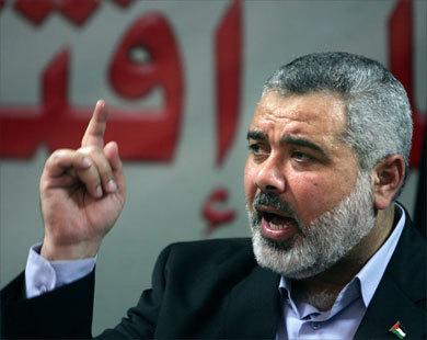 مصر تحتجز مسؤولا كبيرا في حكومة حماس