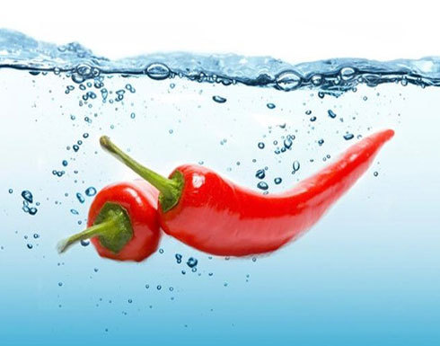 الوصفة السحريّة لتخفيف الوزن: الماء والفلفل الحار