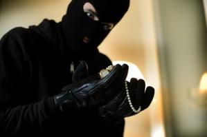 سرقة 82 مليون سنتيم من خزنة مرافق الملك السعودي بطنجة