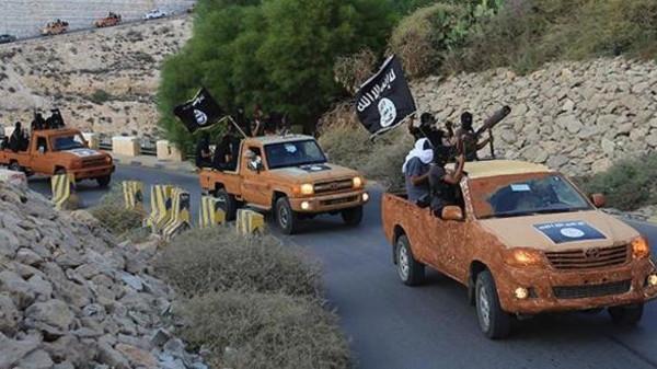 مقتل أربعة جنود ليبيين في اشتباكات جديدة مع مقاتلين إسلاميين في بنغازي
