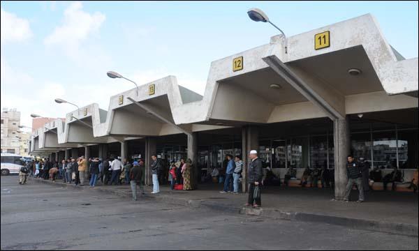 وزارة النقل توصي المسافرين باقتناء التذاكر من الشبابيك لهذا السبب