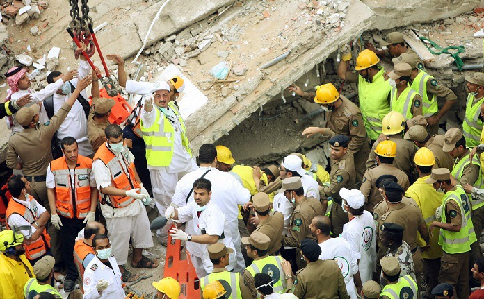 السعودية تحمل الحجاج مسؤولية حادث منى الذي أودى بحياة المئات وإيران ترجعه لإغلاق طريق