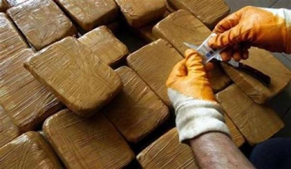 حجز طنين و700 كلغ من المخدرات بجنوب غرب إسبانيا