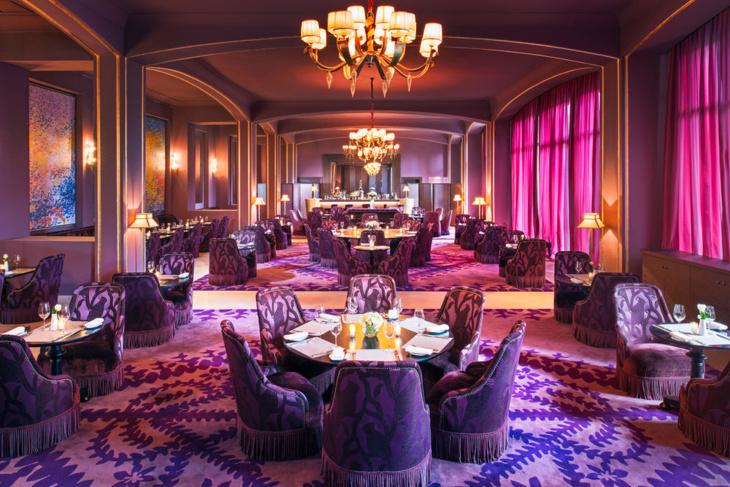 ملياردير أمريكي حجز فندقا بمراكش وصرف عشرات الملايين على حفل لم يتم بسبب مطار لمنارة ها كيفاش